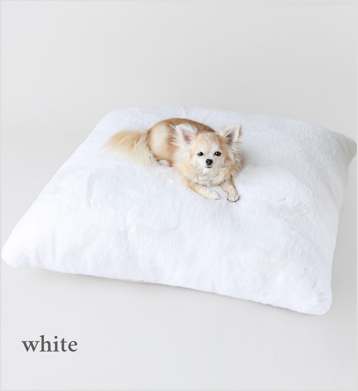 Hello Doggie Serenity Plush faux fur Dog Bed